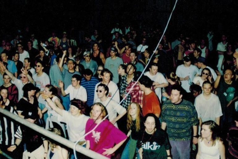 How real old school rave looked like - Techno Station